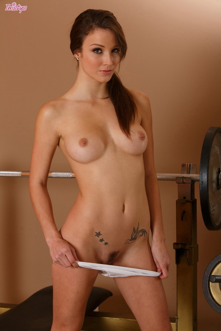 hot bru te malena morgan gets horny at the gym twistys