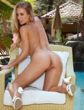 Nicole Aniston Bent over